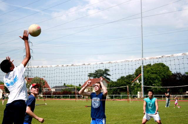 Tournoi Volley 7 juin 2014 1